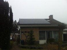 Voorbeeldfoto 18 zonnepanelen